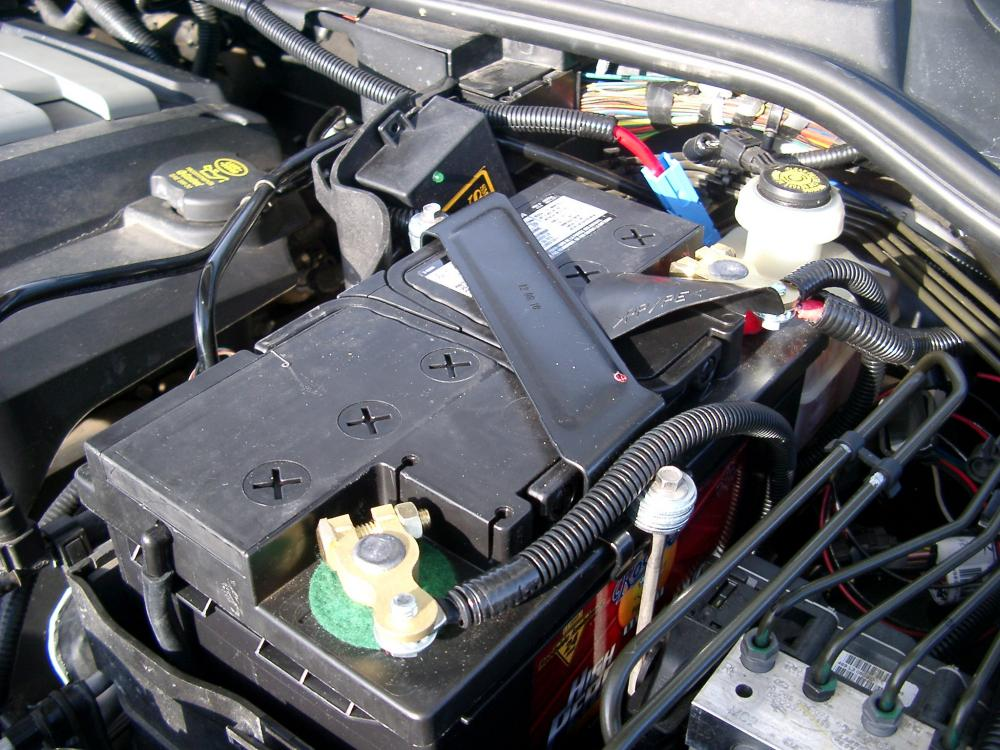 Battery Terminal Corrosion >> LR3 Strange Behaviors: Should I Be Worried? - Page 2 - Land Rover Forums : Land Rover and Range