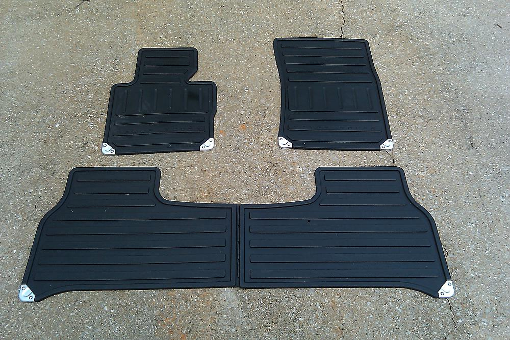 Range Rover Rubber Floor Mats And Seat Covers Land Rover Forums