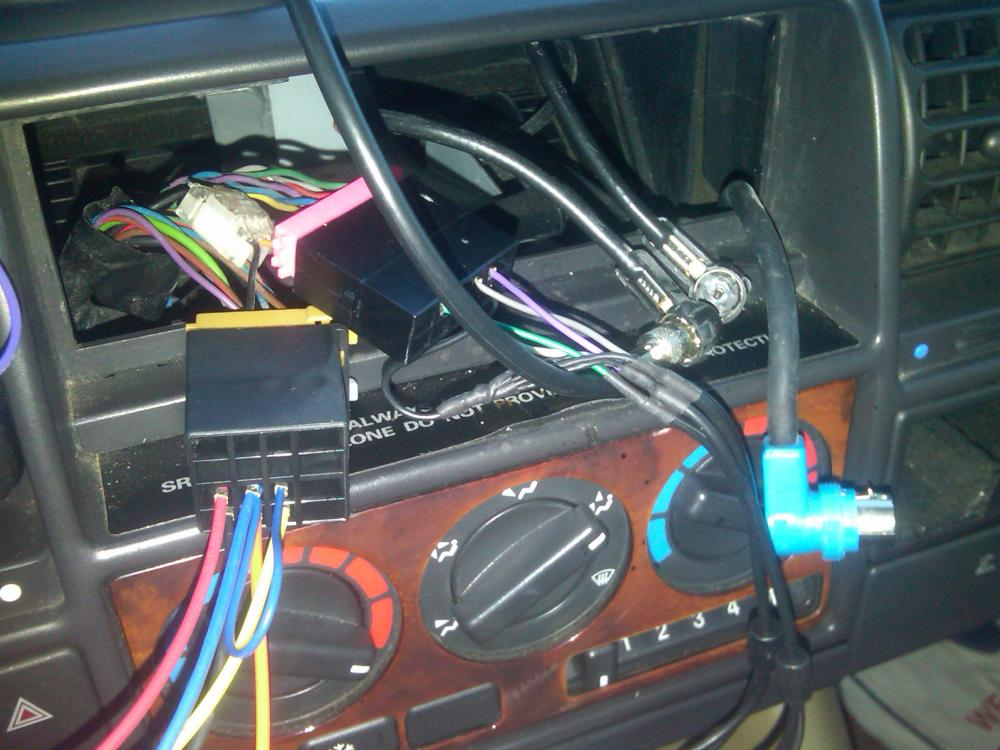 new radio install in 98 disco land rover forums land rover and land rover discovery radio wiring diagram 1996 land rover discovery head unit wiring diagram