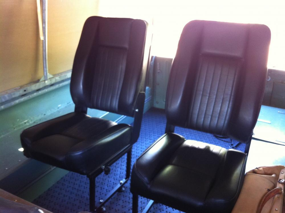 d3b4739d4 Rear Jump Seats - Series   Defender - Exmoor - Land Rover Forums ...