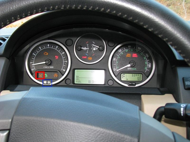 Blinking Red Light on Dashboard Help - Land Rover Forums : Land