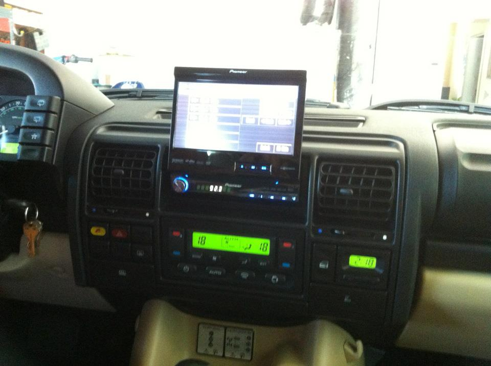 double din navigation radio in my d2 land rover forums. Black Bedroom Furniture Sets. Home Design Ideas
